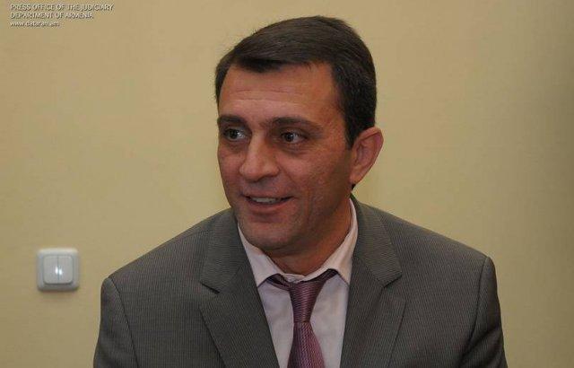 Армен Бекташян подал в отставку с должности члена ВСС