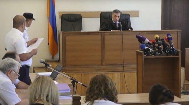 Генпрокурор Армении: очевидно, что сторона защиты по делу Кочаряна стремится затягивать дело