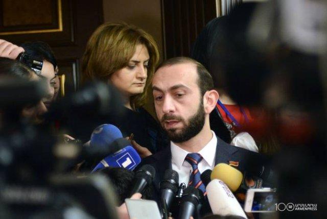 У властей Армении жесткая позиция по теоретической возможности попытки любой страны мира вмешаться во внутренние дела нашего государства: Мирзоян