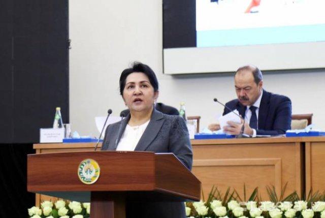 Сенат Узбекистана впервые возглавила женщина