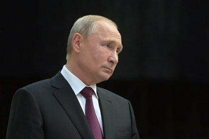Кремль опроверг встречу Путина и Зеленского в Осаке