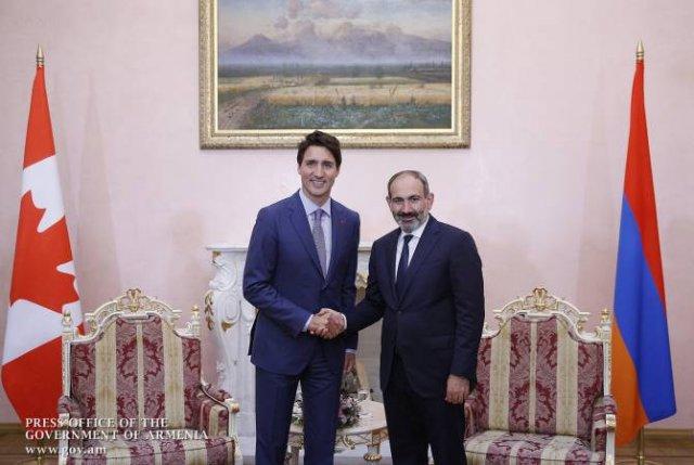 Никол Пашинян поздравил Джастина Трюдо с Днём Канады