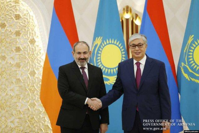 Премьер Армении обсудил с президентом Казахстана вопросы деятельности ЕАЭС