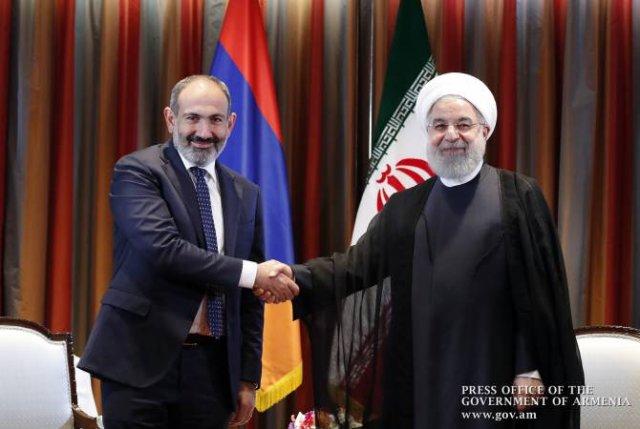 Премьер-министр Никол Пашинян провел телефонный разговор с президентом ИРИ Хасаном Рухани