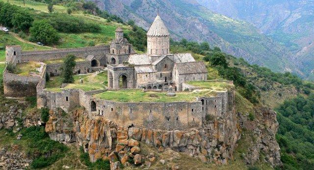 Туристы в Армении в этом году потратили на $120 млн больше, чем в прошлом