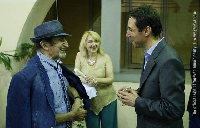 В мэрии приняли кинодеятелей международного фестиваля «Золотой абрикос»