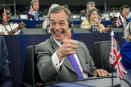 Британия раскрыла «слившего» тайные дипломатические переписки человека