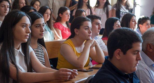 Армения полностью меняет общеобразовательные программы