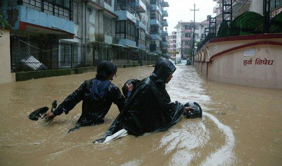 Наводнения и оползни в Непале унесли жизни 65 человек