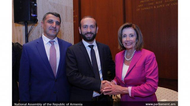 Арарат Мирзоян поблагодарил спикера Палаты представителей США Нэнси Пелоси