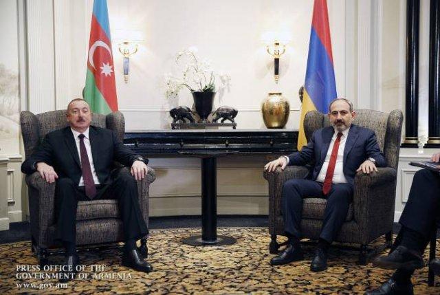 Горячая линия с Алиевым действует, но не гарантирует того, что жертв не будет: Пашинян