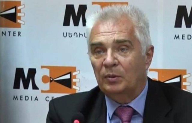 Петр Свитальский: Позиция ЕС в вопросе урегулирования карабахского конфликта остается неизменной