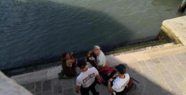 Немецких туристов в Венеции оштрафовали на 950 евро за кофе
