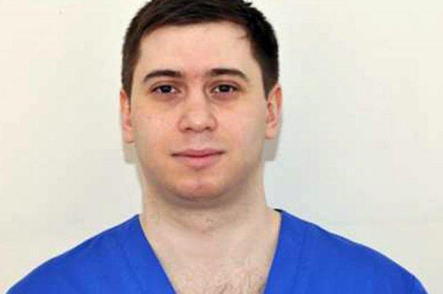 Новороссийский врач Арсен Айрапетян вылечил 4-летнего мальчика, которому не смогли помочь зарубежные медики