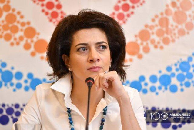 Офис Анны Акопян ответил на публикации о деятельности возглавляемых ею фондов