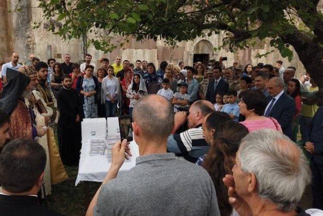 Бако Саакян принял участие в мероприятии, посвященном празднику Вардавар