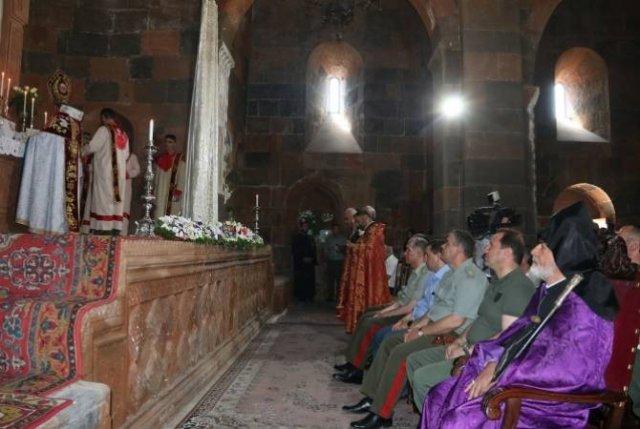 Церковь Сурб Аствацацин передана духовному предводительству Вооруженных сил
