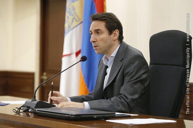 Процесс замены мусорных контейнеров мэрия Еревана начнет с административного района Давташен