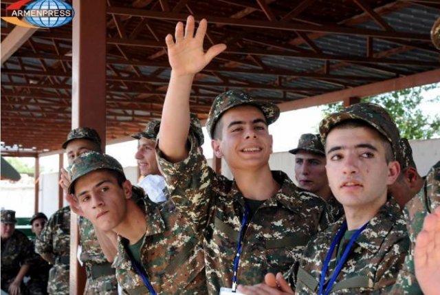 В ВС Армении наблюдается рост количества призывников