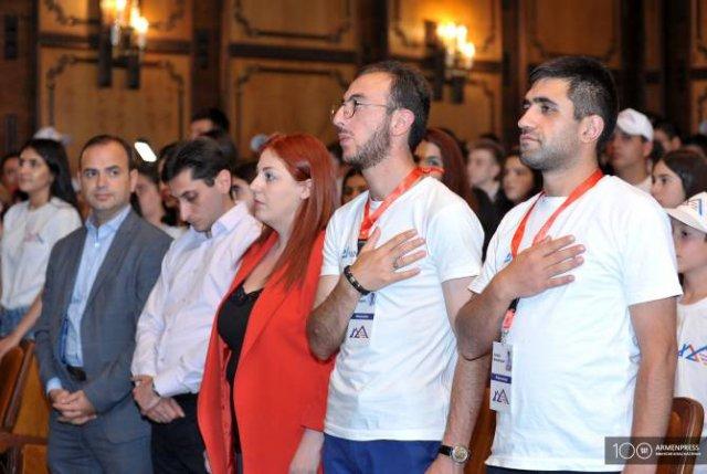 Сотни подростков из диаспоры обогатят свои познания об Армении в рамках программы «Шаг к дому»