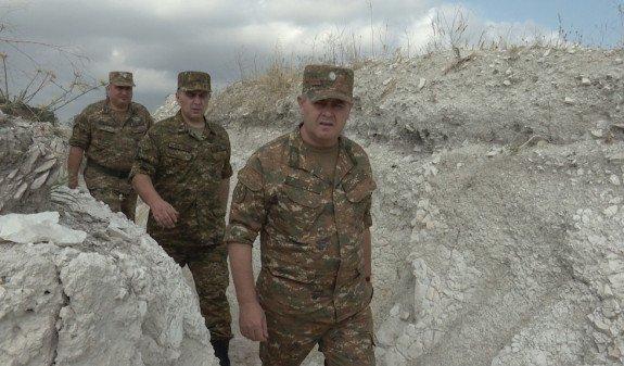 Начальник Генштаба ВС Армении посетил северо-восточную приграничную зону