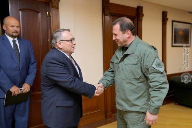 Чехия готова развивать сотрудничество с Арменией в оборонной сфере
