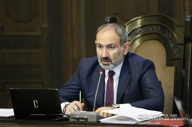 Премьер Армении: Роль Ерванда Казанчяна в развитии армянского театра неоценима