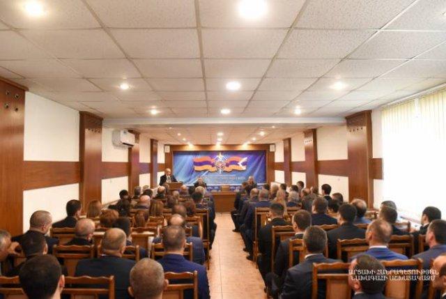 Бако Саакян посетил СНБ Арцаха и выслушал доклад директора