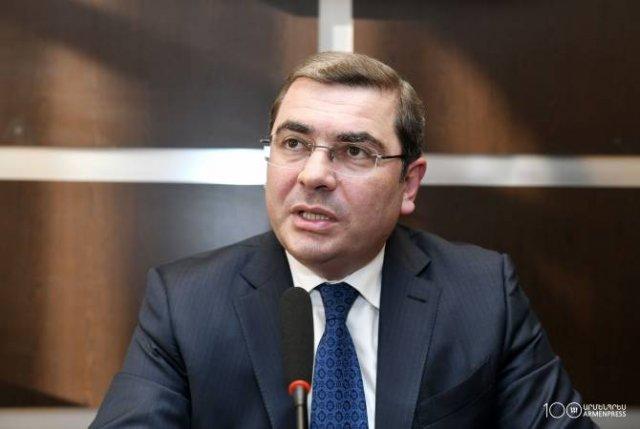 Я поблагодарил директора СНБ: Давид Ананян коснулся случая взяточничества в КГД