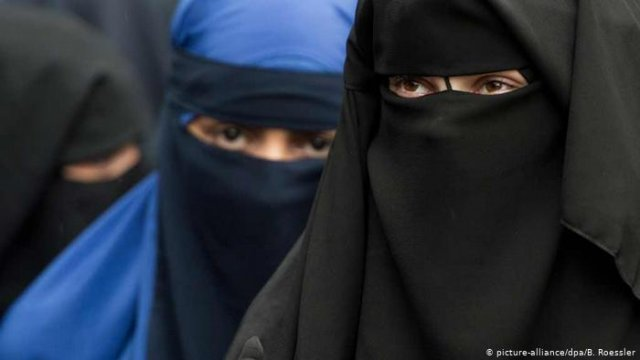 В Нидерландах введен запрет на ношение паранджи