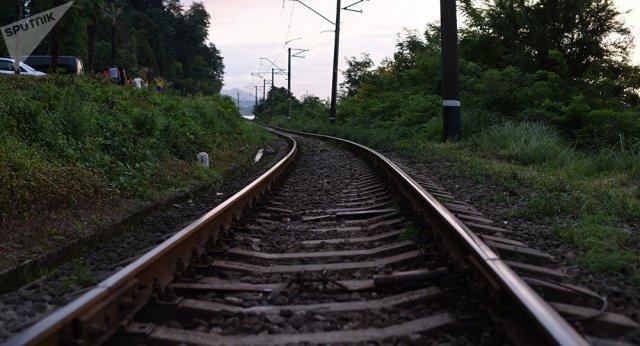 Поезд Батуми-Ереван насмерть сбил туриста из Украины