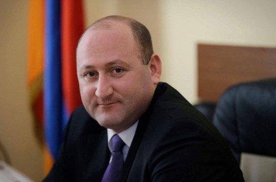 В отношениях с США Армении следует брать пример с Азербайджана