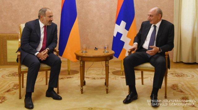 Премьер Армении и президент Арцаха обсудили широкий круг вопросов о взаимодействии
