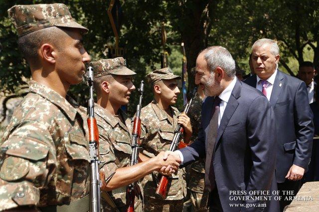 Премьер-министр присутствовал на мероприятии, посвященном Дню Спарапета
