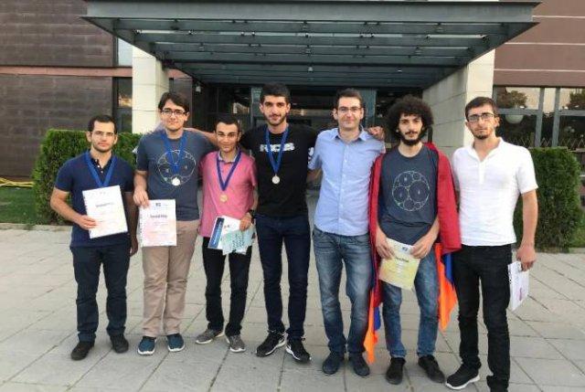 На Международной студенческой математической олимпиаде команда ЕГУ завоевала 6 медалей