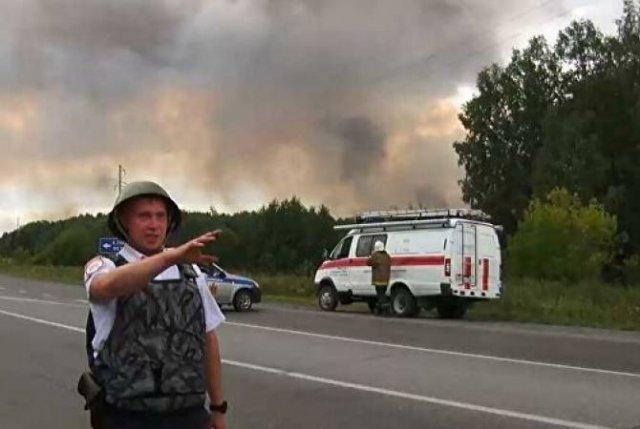 Около 16 тысяч человек эвакуировали после взрывов на складе под Ачинском