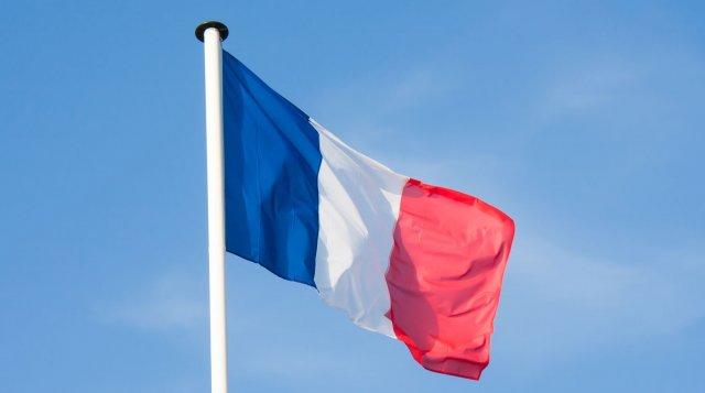 Во Франции рабочие на фургоне сбили мэра после ссоры из-за мусора
