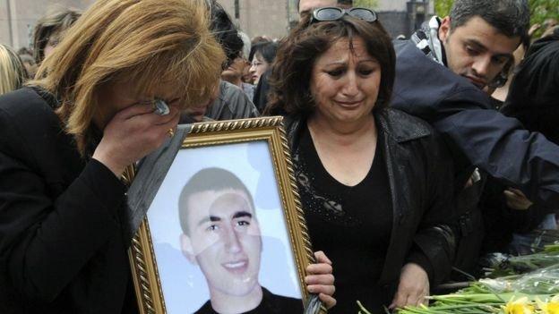 Кто расстрелял демонстрантов в Ереване в 2008 году? BBC получила эксклюзивный доступ к документам