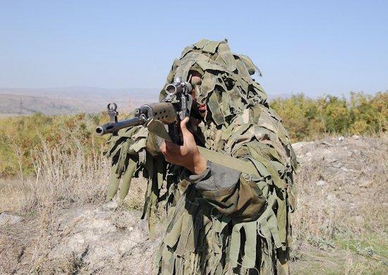 Разведчики российской военной базы в Армении в ходе учения обезвредили диверсантов условного противника