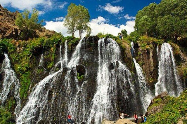 В этом году туристы потратили в Армении почти на 120 млн долларов больше, чем в прошлом