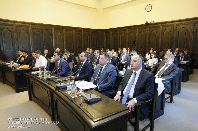 Окончательное заключение по вопросу разработки Амулсарского месторождения в ближайшие дни представят правительству