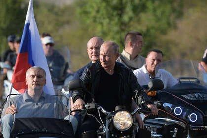Путин посетил байк-шоу «Ночных волков»
