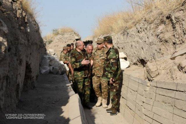 Бако Саакян посетил ряд участков арцахо-азербайджанской границы