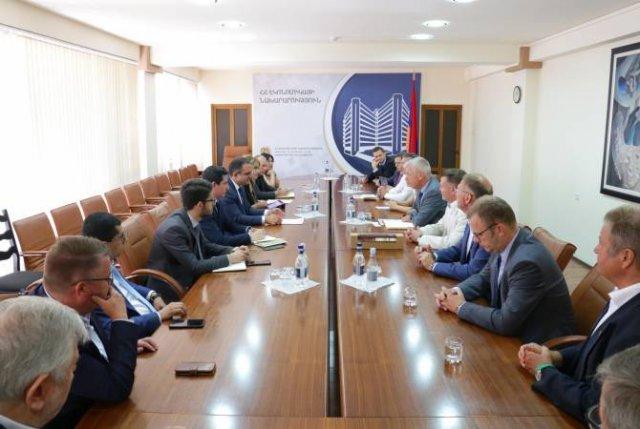Тигран Хачатрян принял делегацию депутатов Ландтага земли Саксония-Анхальт