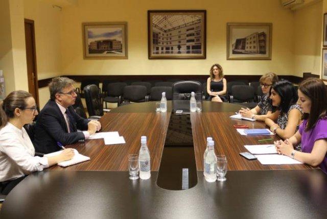 Армения и Уругвай обсуждают вопрос расширения сотрудничества в сфере здравоохранения