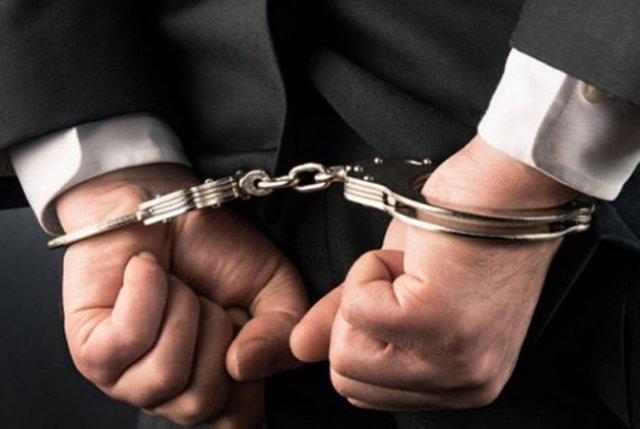 По факту хищения в крупных размерах арестованы владелец компании SecurityDream и бухгалтер Elli