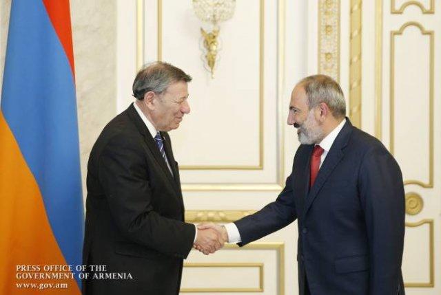 Премьер Армении и глава МИД Уругвая обсудили вопросы развития сотрудничества