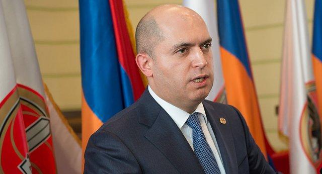 Водитель Армена Ашотяна задержан по подозрению в содействии хищения в особо крупных размерах