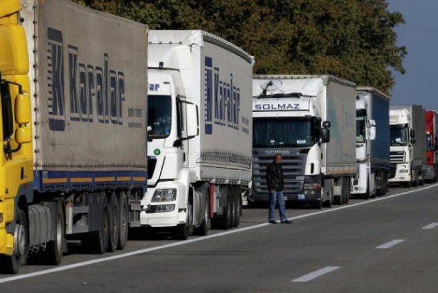 КГД призывает ограничить поток грузовиков с прицепами и полуприцепами через Гугут- Гогаван