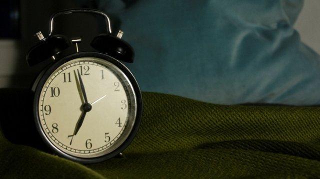 Ученые рассказали об опасности шестичасового сна